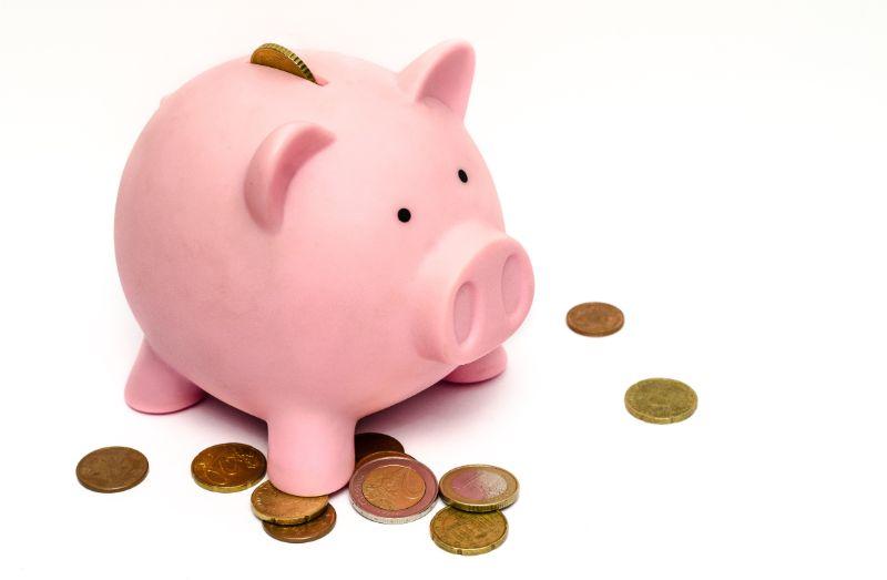 デリヘル在籍の給料体系 豚の貯金箱